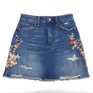 Abercrombie & Fitch Denim Floral Embroidery Skirt